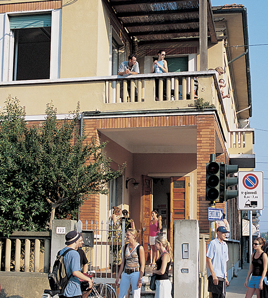 Italian language school in Viareggio, Versilia