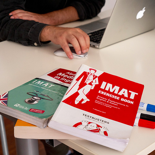 University preparation course to study in Italy