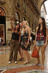 City tour and learn Italian in Milan